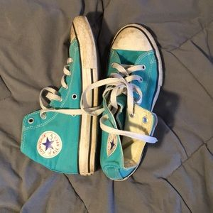 teal high top converse shoes
